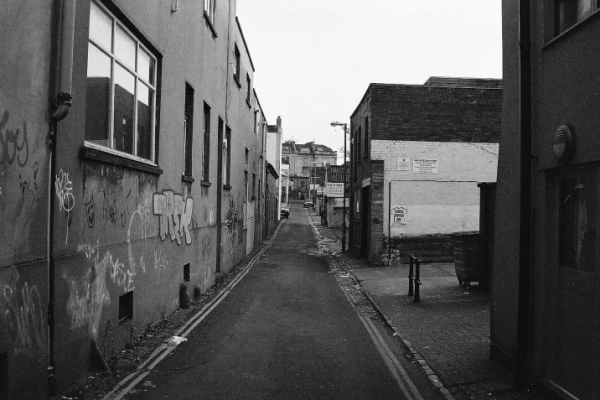 Black and white view of Hampton Lane during the day without people